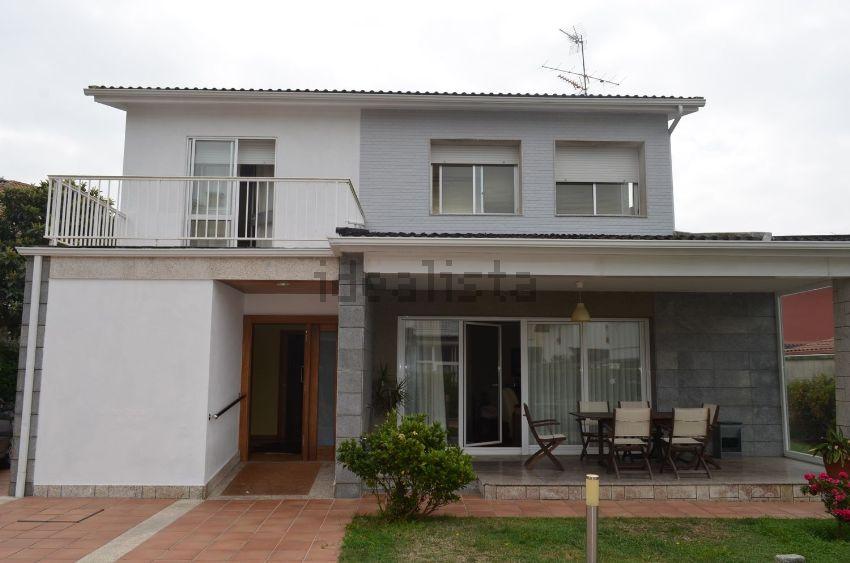 Casa o chalet independiente en calle ROBALEIRA, Alcabre - Navia, Vigo