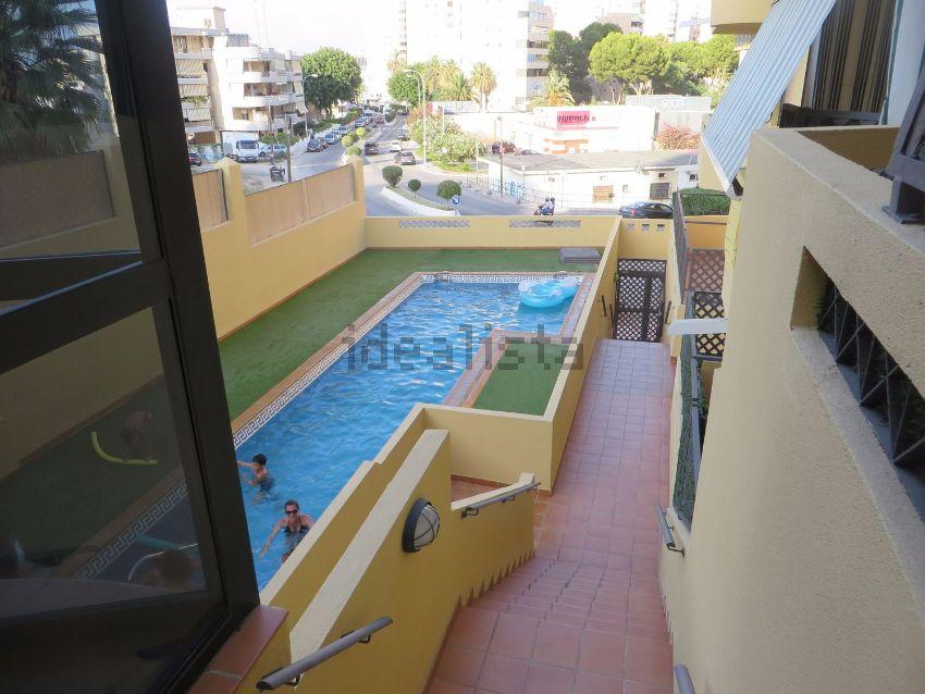 Piso en calle Tirreno, Playamar - Benyamina, Torremolinos