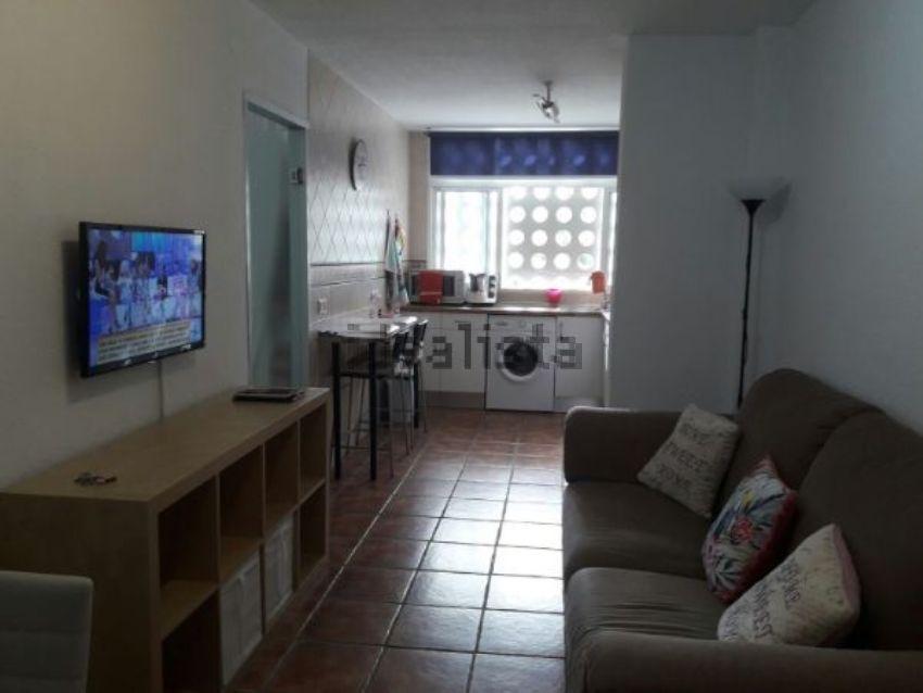 Piso en avenida carlos haya, Teatinos - La Barriguilla, Málaga