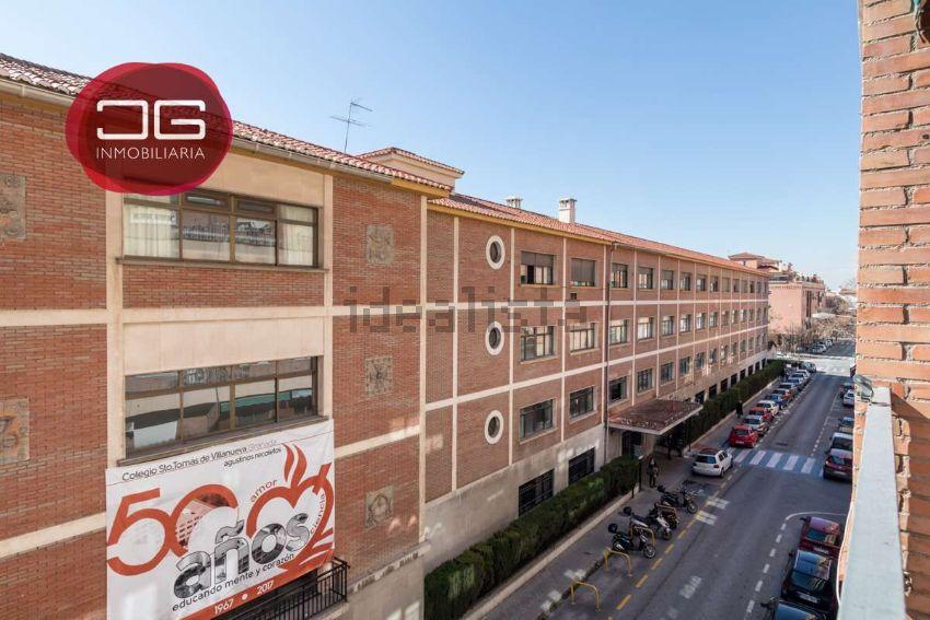 Piso en calle Santo Tomás de Villanueva, 18, Ronda - Arabial, Granada