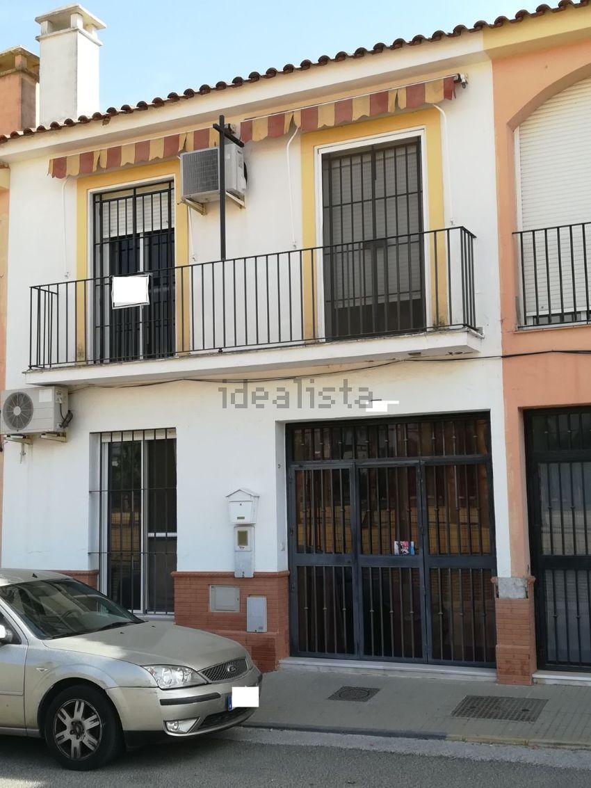 Chalet adosado en calle la Paloma, Villanueva del Ariscal