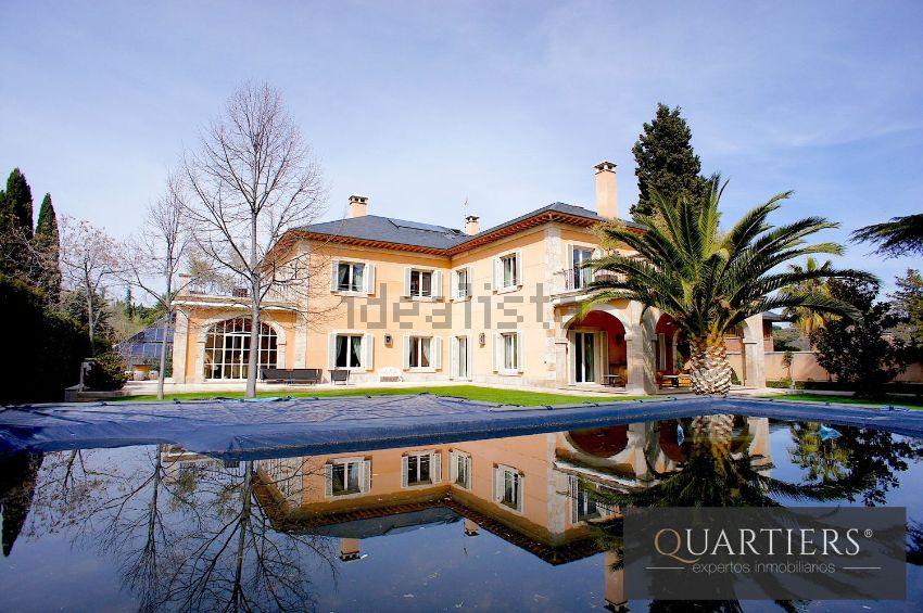 Casa o chalet independiente en Conde Orgaz-Piovera, Madrid