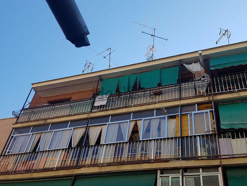 Piso en calle olvido, 121, Almendrales, Madrid