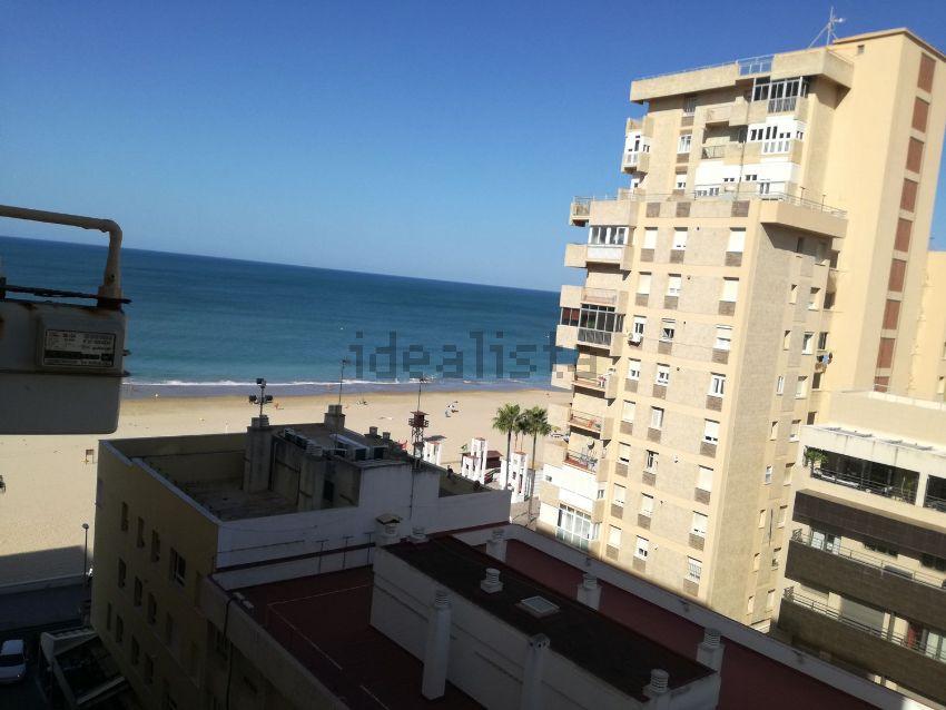 Piso en paseo Marítimo, s n, Playa Stª Mª del Mar - Playa Victoria, Cádiz