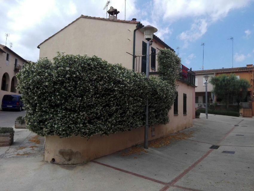 Casa rural en plaza de la Creu, 20, Cruílles, Monells i Sant Sadurni de l Heura