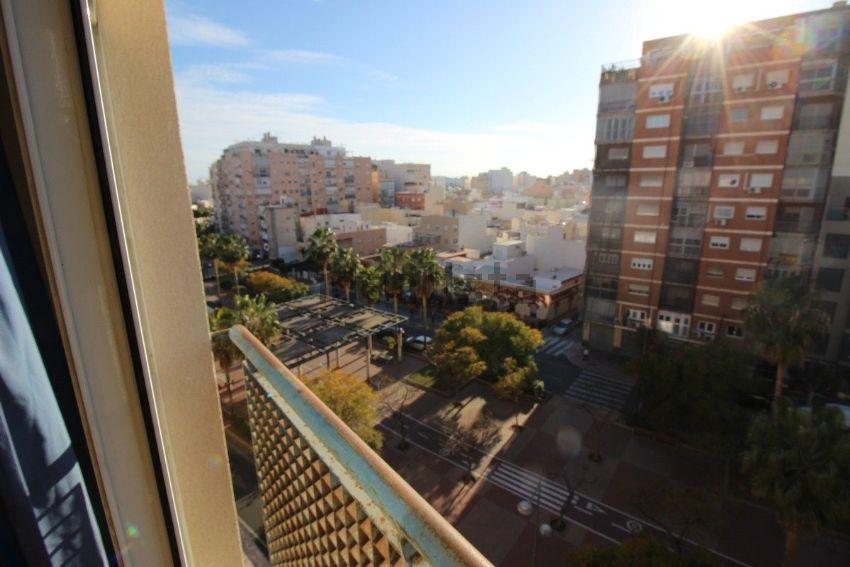 Piso en avenida Federico Garcia Lorca, Altamira - Oliveros - Barrio Alto, Almerí