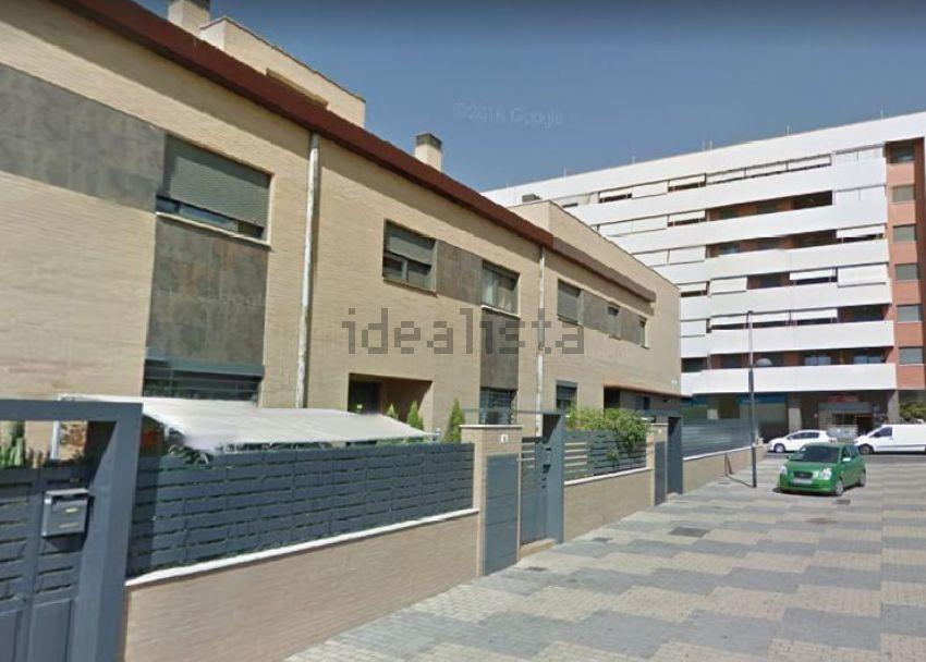 Chalet adosado en calle Hermanos Salao, Marismas del Polvorín, Huelva
