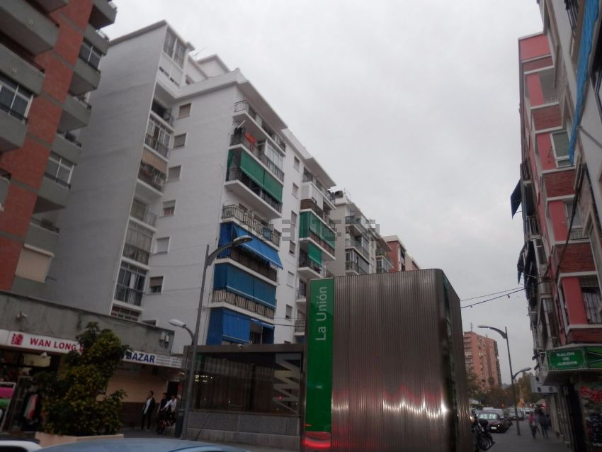 Piso en calle Santa Marta, Cruz del Humilladero - Los Tilos, Málaga