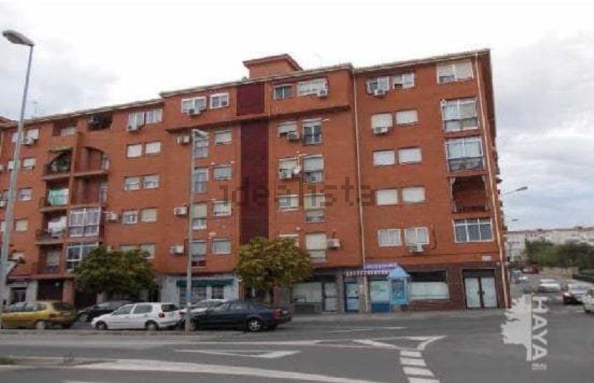 Piso en avenida de la constitución, Río Tinto-Aldea Moret, Cáceres