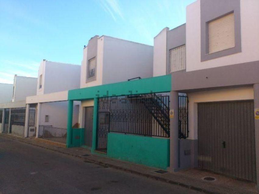 Piso en calle inox, San Isidro - Campohermoso, Nijar