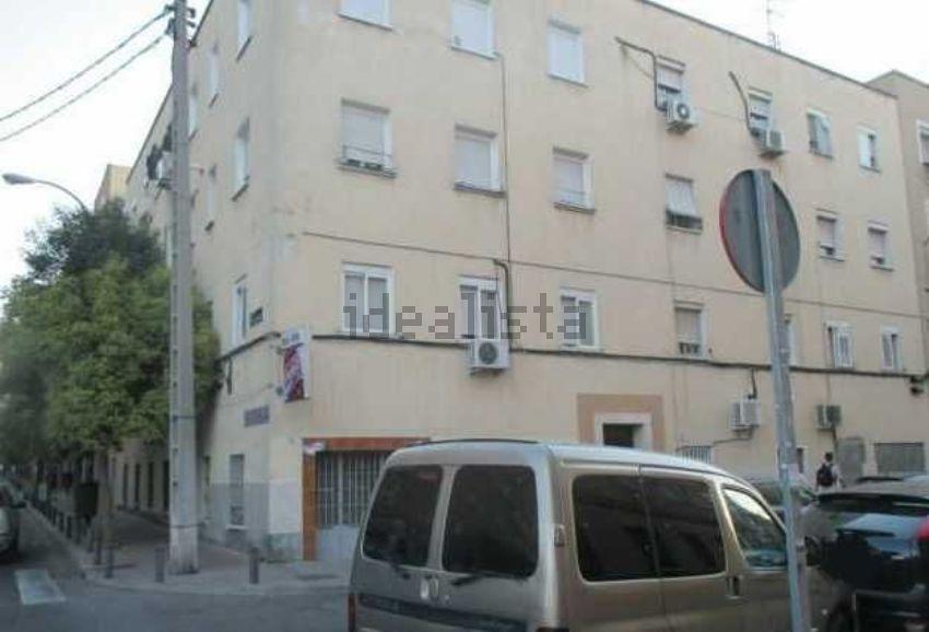 Piso en calle PUERTO DE LA MORCUERA, s n, San Diego, Madrid