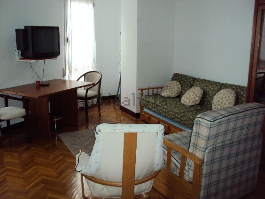 Estudio en irunlarrea, Mendebaldea, Pamplona Iruña