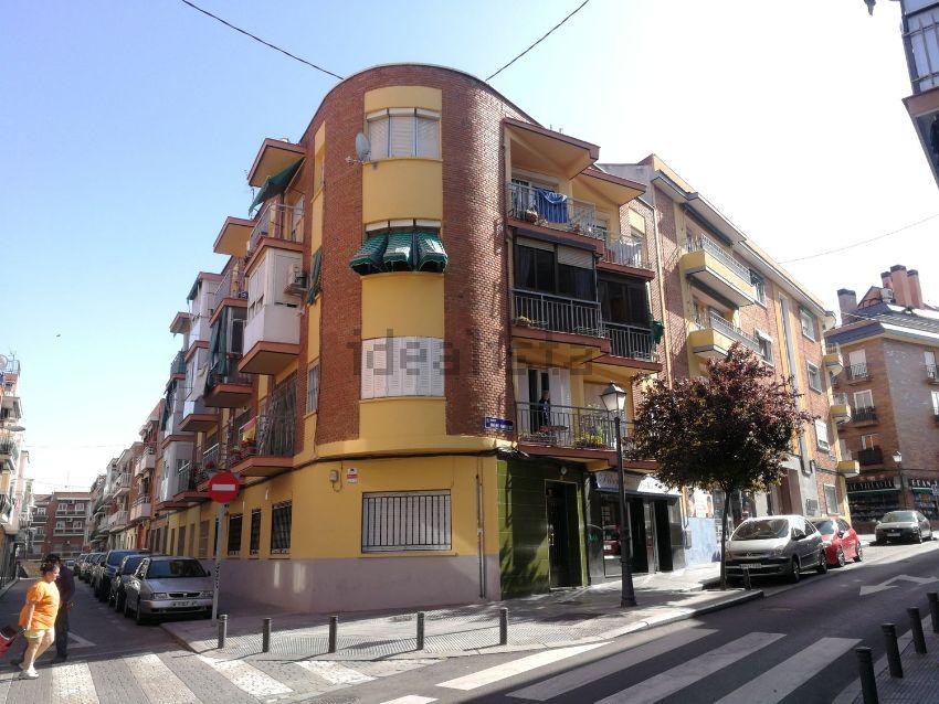 Piso en calle Juan Jose Martinez Seco, Los Rosales, Madrid