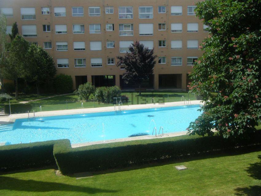 Piso en José Antonio Navarrete, 2, Conde Orgaz-Piovera, Madrid