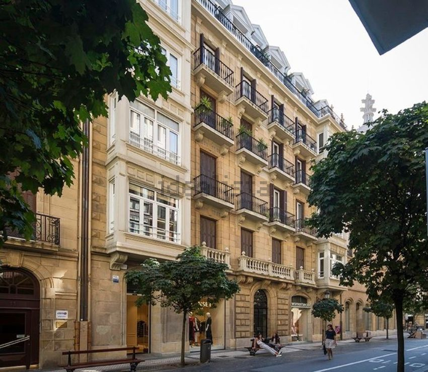 Piso en calle San Martzial, Área Romántica, Donostia-San Sebastián
