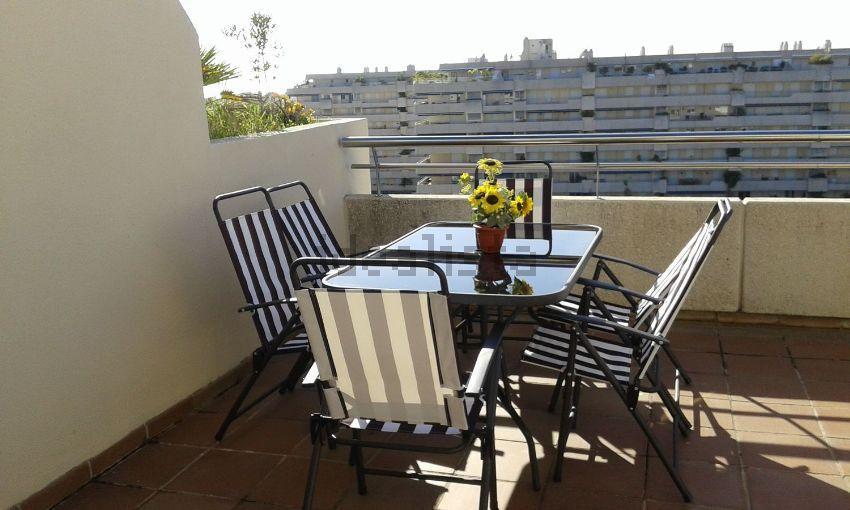 Piso en calle Ramón Areces, Marbella, Puerto Banús, Marbella