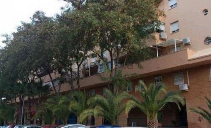 Piso en calle cueva del gato, Alcalde L. Uruñuela - Palacio de Congresos, Sevill