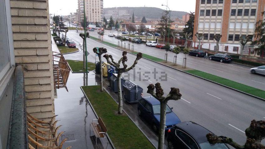 Piso en avenida cantabria, Centro, Burgos