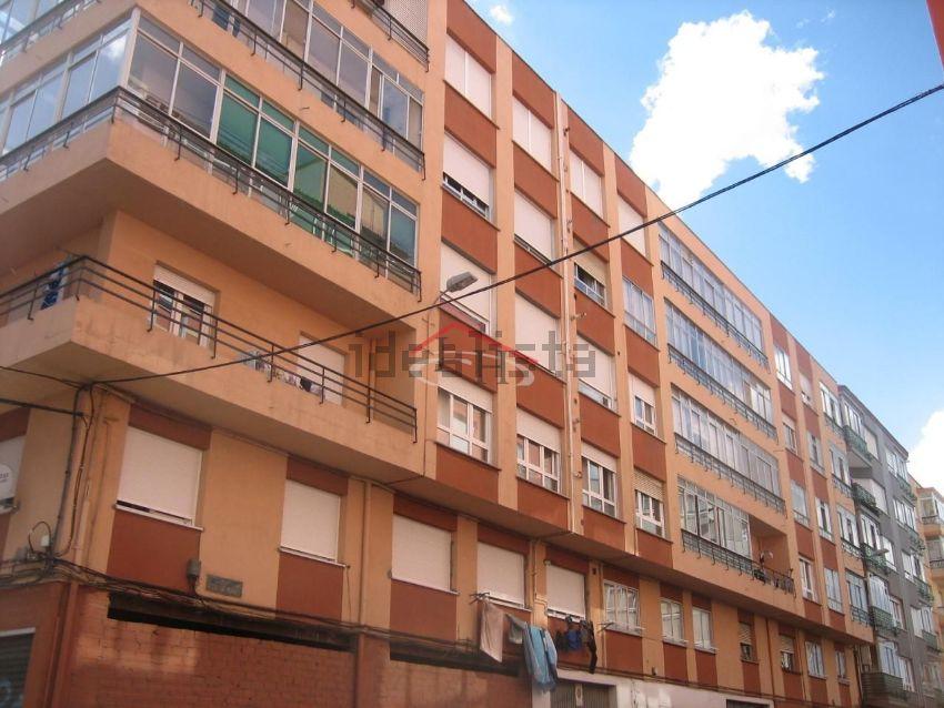 Piso en calle marqués de montealegre, San Mamés- La Palomera, León