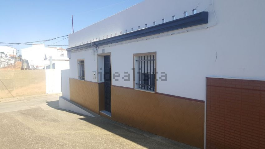 Casa de pueblo en LA ZUJA, 2, Gibraleon