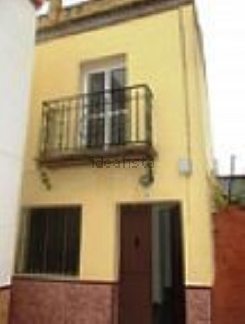 Chalet adosado en avenida Andalucia, Benacazon