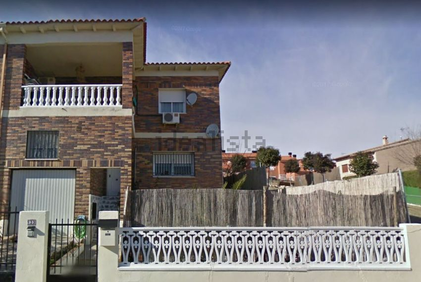 Chalet adosado en calle Altozano Boadilla, 33, Yeles