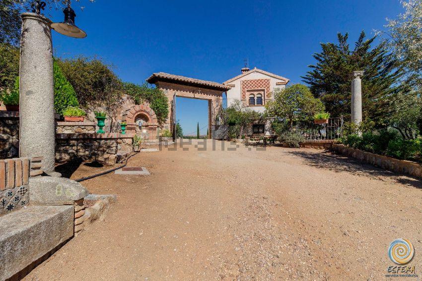 Casa o chalet independiente en Los Cigarrales-La Bastida, Toledo