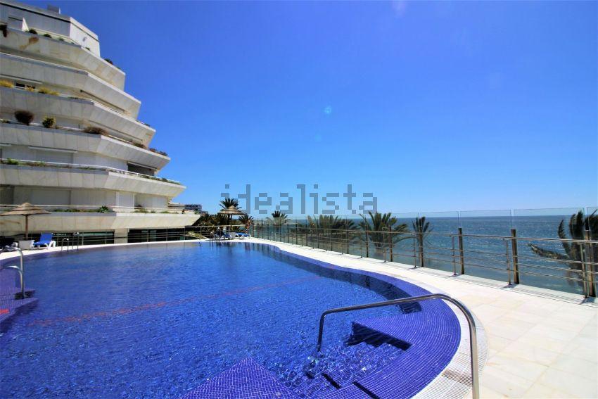 Piso en camilo josé cela, 19, Playa de la Fontanilla, Marbella