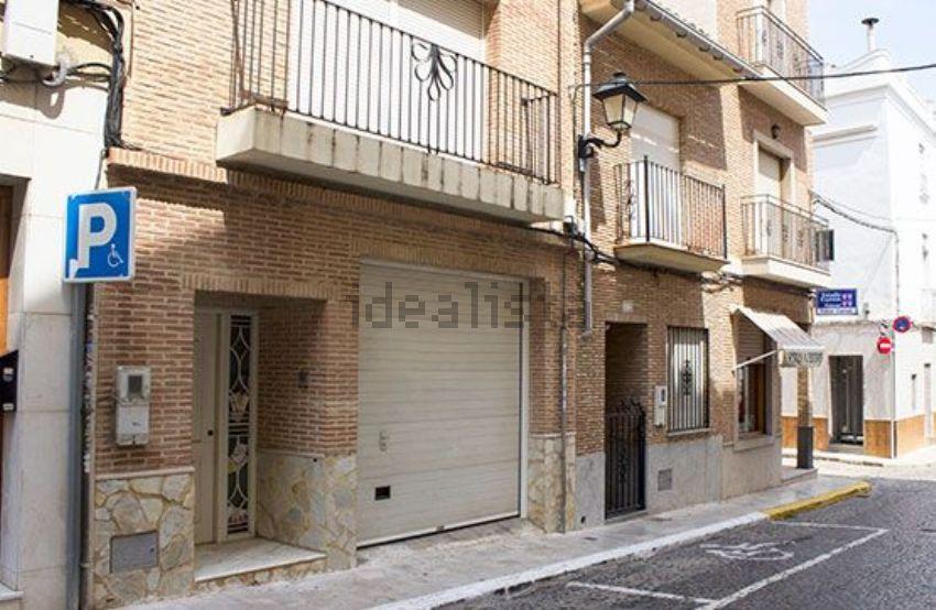 Chalet adosado en calle Sant Joan, Casco Antiguo, Puçol