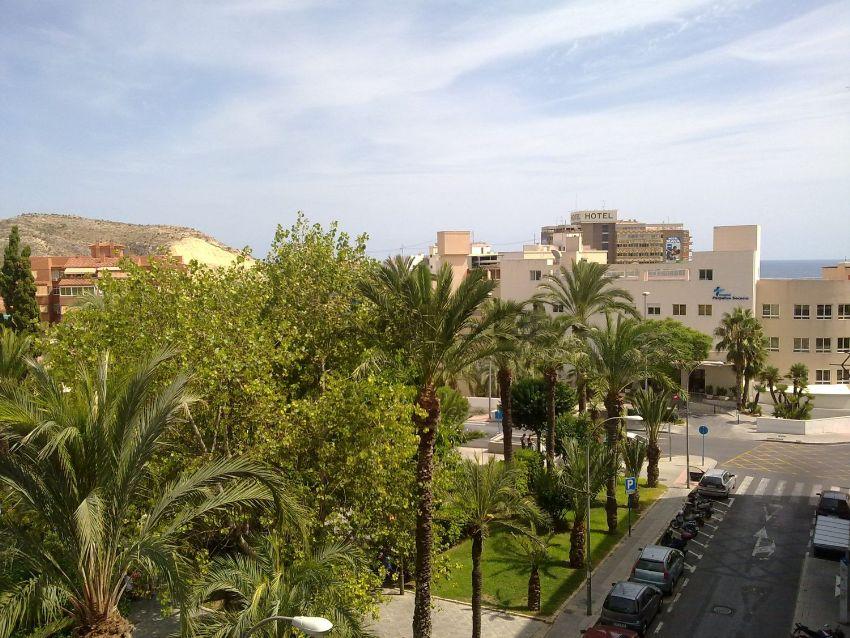 Piso en plaza Doctor Gómez Ulla, Plà del Bon Repos-La Goteta, Alicante Alacant