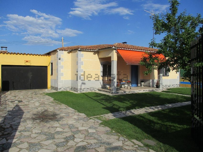 Casa o chalet independiente en calle Halcón, Laguna de Duero