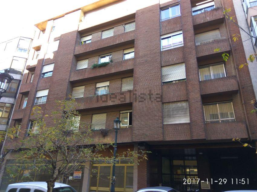 Estudio en calle ZOMORA, 70, O Castro, Vigo