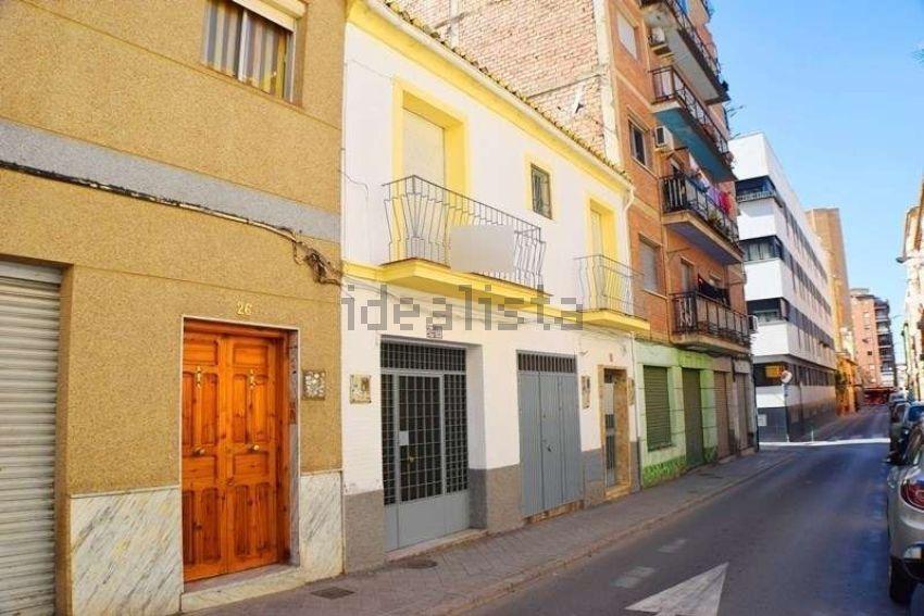 Chalet en calle Ebro, 24, Zaidín, Granada