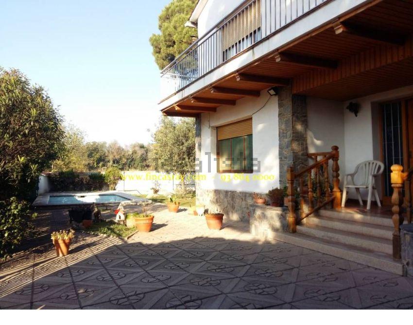 Casa o chalet independiente en calle Arquitecte Falguera, Palau-Solità i Plegama