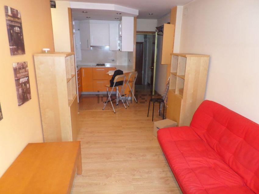 Piso en calle Vinyeta, Collblanc, Hospitalet de Llobregat