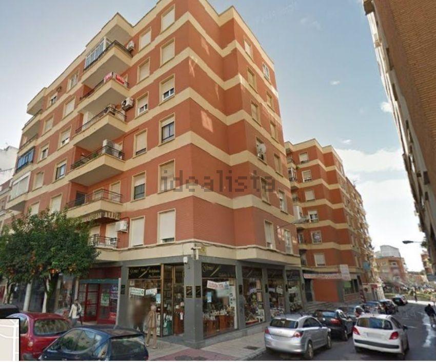 Piso en Fernando Caston, Santa Marina - La Paz, Badajoz