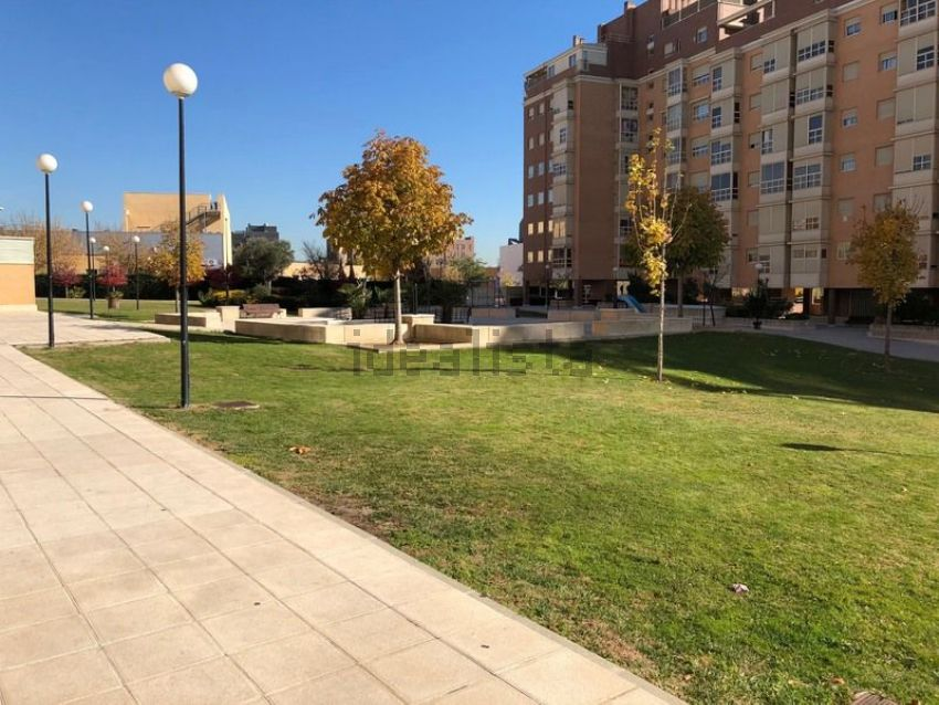 Piso en calle pinar de san josé, Pau de Carabanchel, Madrid