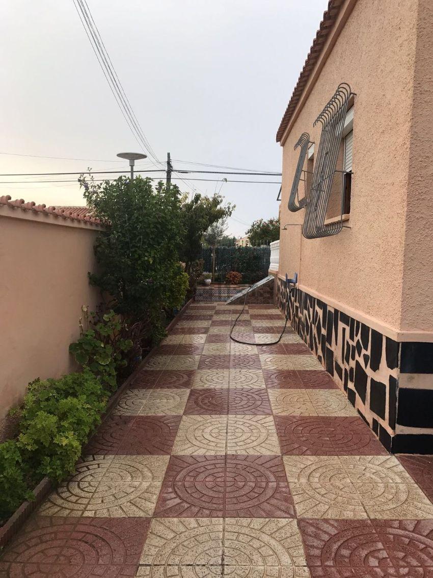 Casa o chalet independiente en calle Santa Pola, 46, San Fulgencio