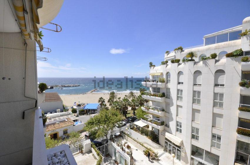Piso en Playa Bajadilla-Puertos, Marbella