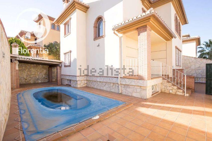 Casa o chalet independiente en calle Almeria, San Antón, Armilla