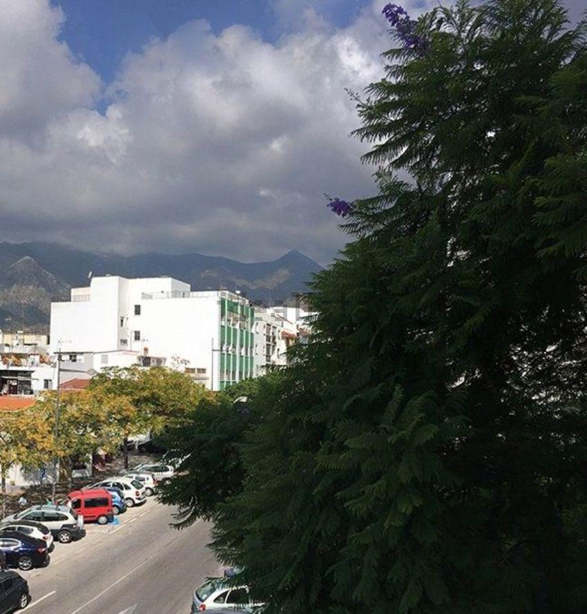 Piso en calle Rodrigo de Triana, Plaza de Toros-La Ermita, Marbella