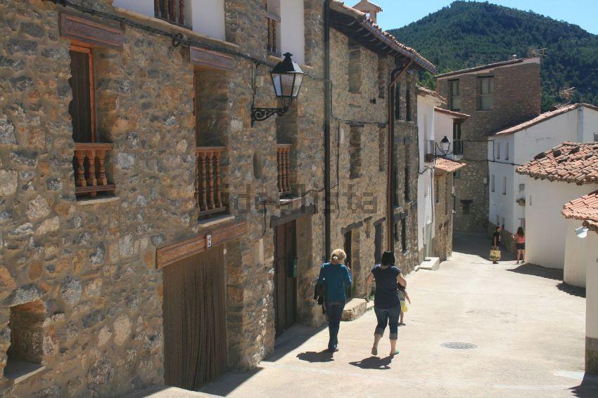 Casa de pueblo en calle nueva, 8, Linares de Mora