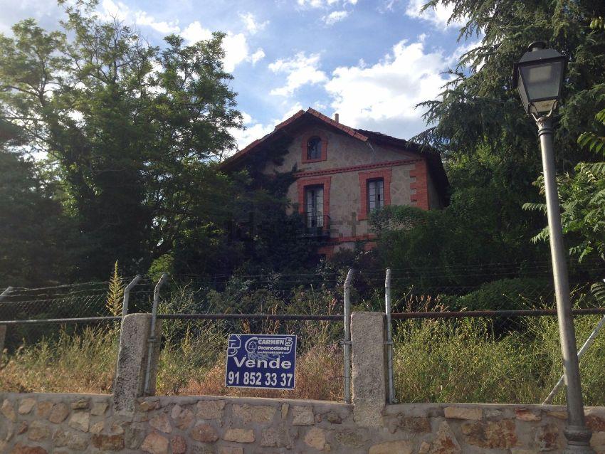Casa o chalet independiente en venta en calle de Emilio Serrano ...