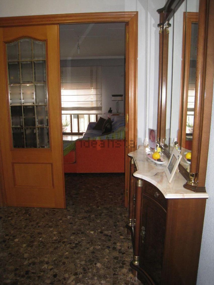 Piso en calle de santa cecília, Zona Calle Valencia-La Ermita, Torrent