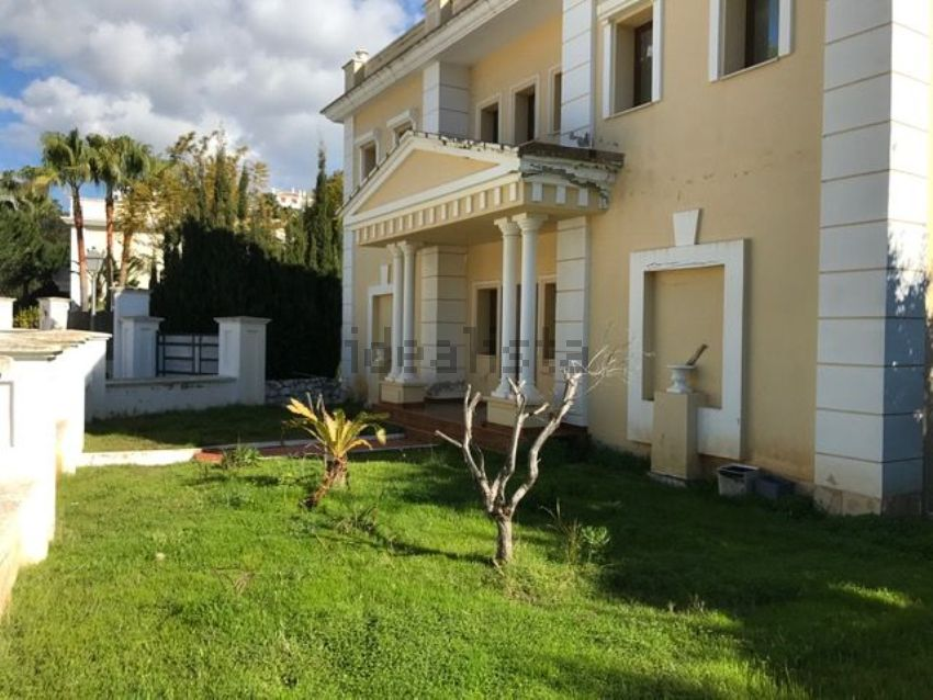 Casa o chalet independiente en avenida 5, Hacienda Las Chapas, Marbella