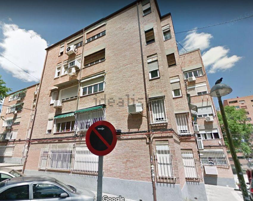 Piso en calle de Santa Cruz de Mudela, Almendrales, Madrid
