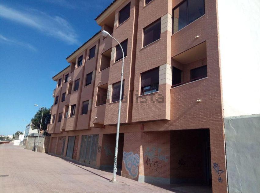 Piso en calle Lorca, Fuente-Álamo