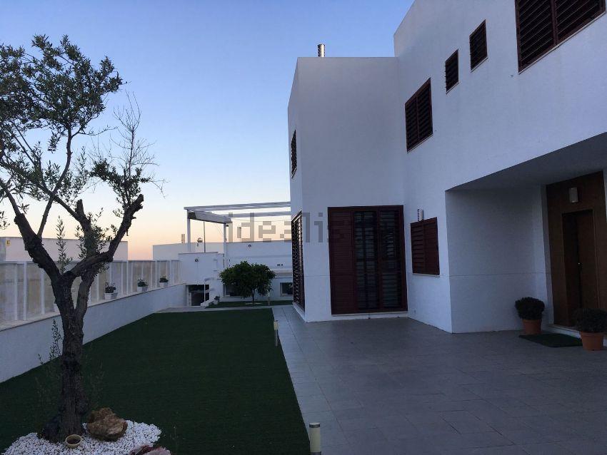 Casa o chalet independiente en venta en calle Anís, 12, Olivar de ...