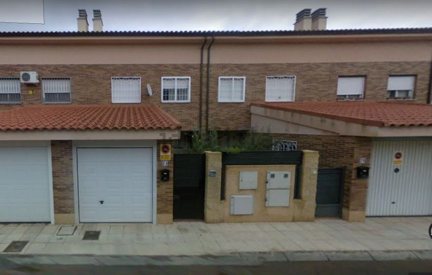Chalet adosado en calle la Palma, 75, Alovera