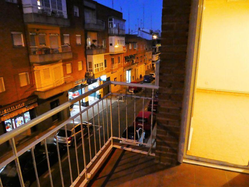 Piso en calle Caunedo, Simancas, Madrid